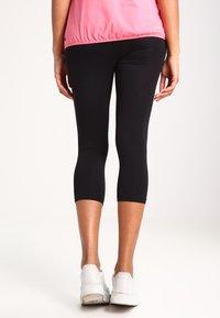 Zalando Essentials Maternity - Legging - black - 2