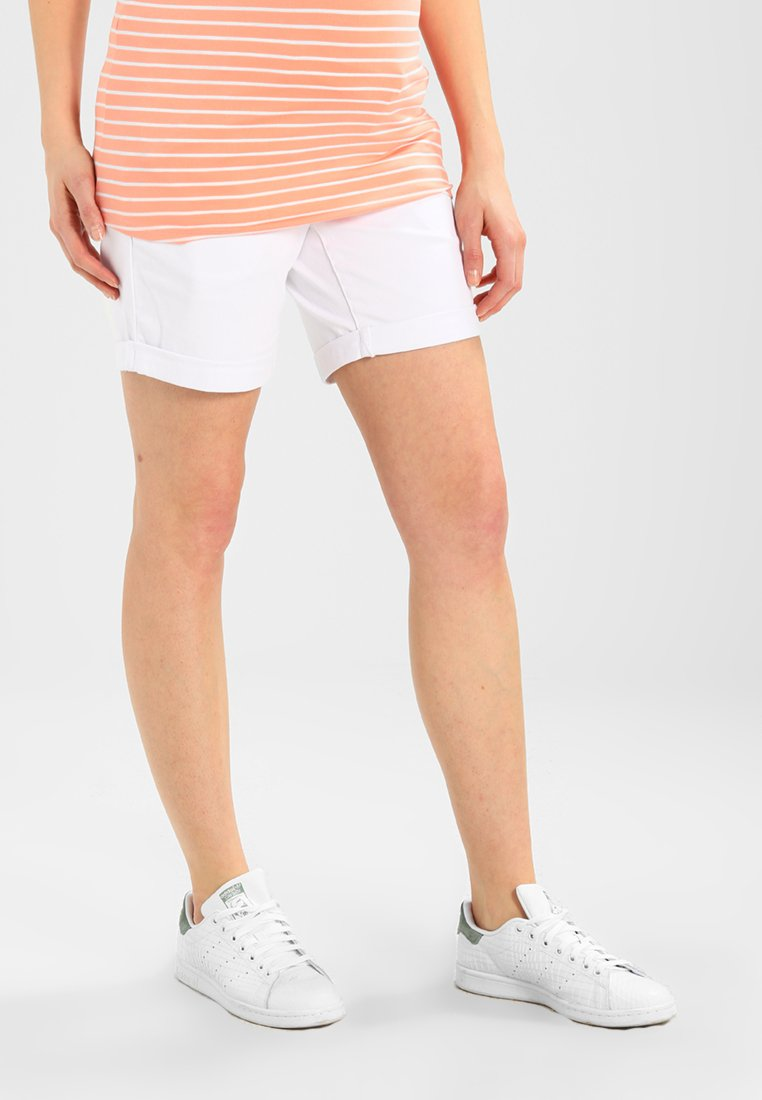 Zalando Essentials Maternity - Shorts - white