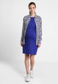Zalando Essentials Maternity - Žerzejové šaty - blue - 1