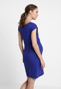 Zalando Essentials Maternity - Žerzejové šaty - blue - 2
