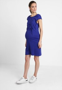 Zalando Essentials Maternity - Žerzejové šaty - blue - 0
