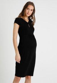 Zalando Essentials Maternity - Jerseykjoler - black - 0
