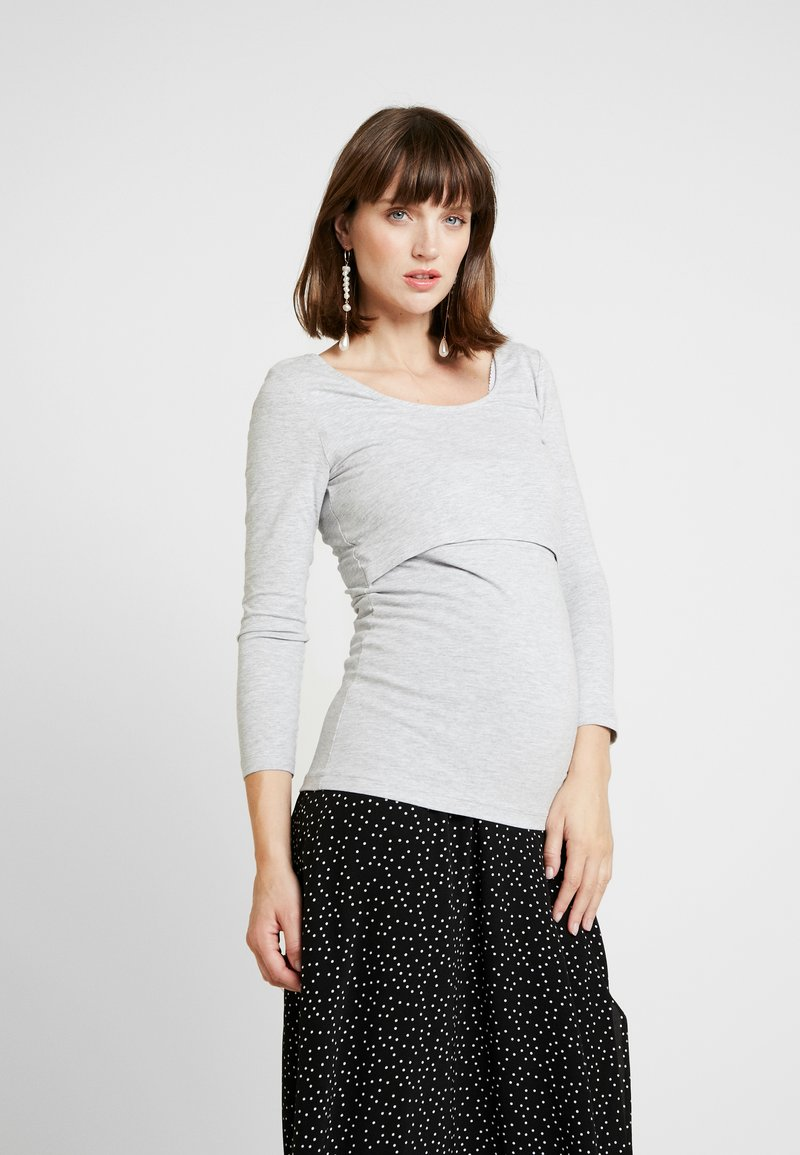 Zalando Essentials Maternity - Langærmede T-shirts - mottled light grey