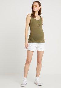 Zalando Essentials Maternity - Top - burnt olive - 1