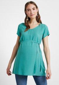 Zalando Essentials Maternity - Blus - dark green - 0