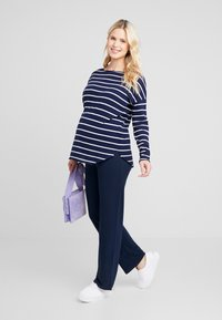 Zalando Essentials Maternity - Sweter - dark blue/off-white - 1