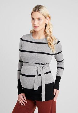 Stickad tröja - grey/black