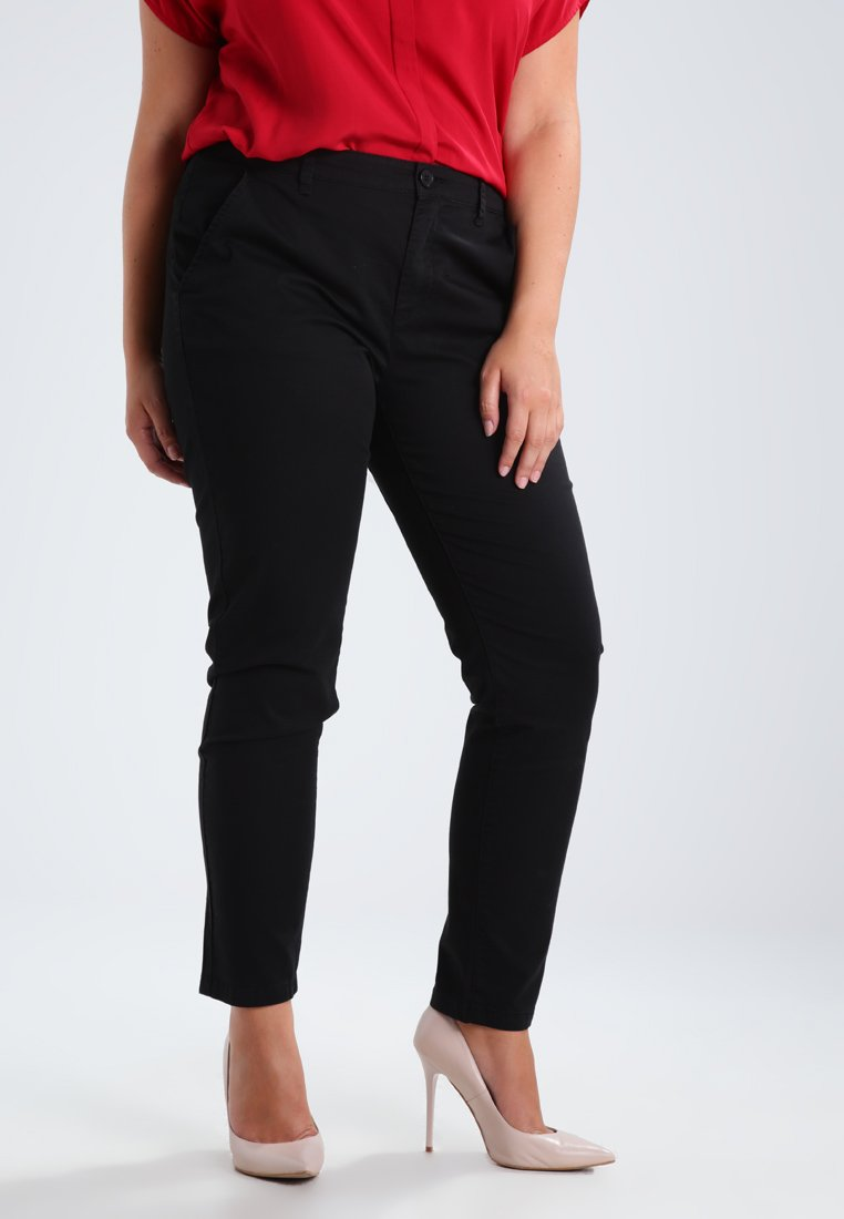 Zalando Essentials Curvy - Chinos - black