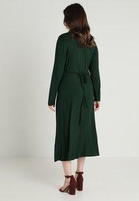 Zalando Essentials Curvy - Maxi-jurk - dark green - 3