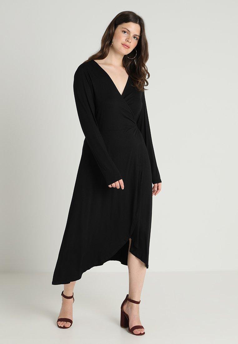 Zalando Essentials Curvy - Długa sukienka - black