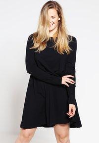 Zalando Essentials Curvy - Jersey dress - black - 0