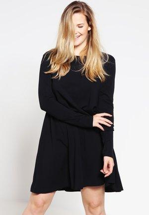 Žerzejové šaty - black