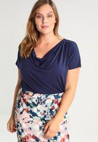 Zalando Essentials Curvy - T-shirt basic - dark blue - 0