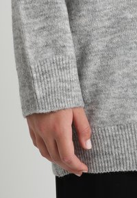 Zalando Essentials Curvy - Pullover - light grey mélange - 3