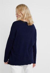 Zalando Essentials Curvy - Jersey de punto - dark blue - 2