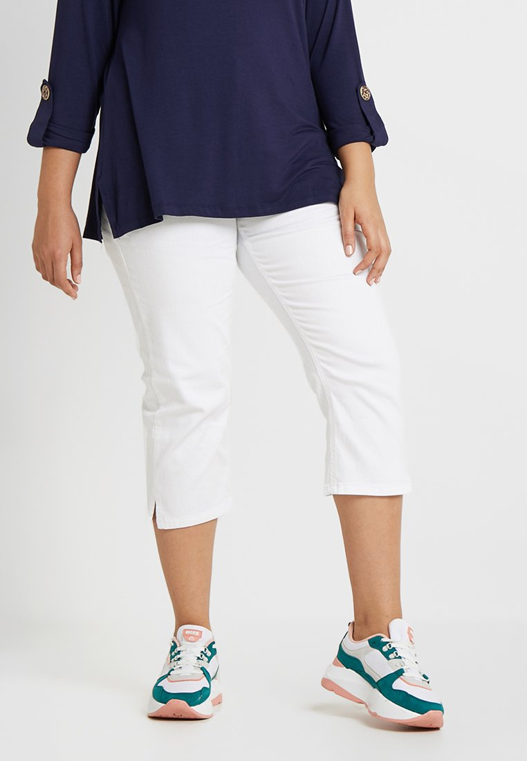 Zalando Essentials Curvy - Slim fit jeans - white