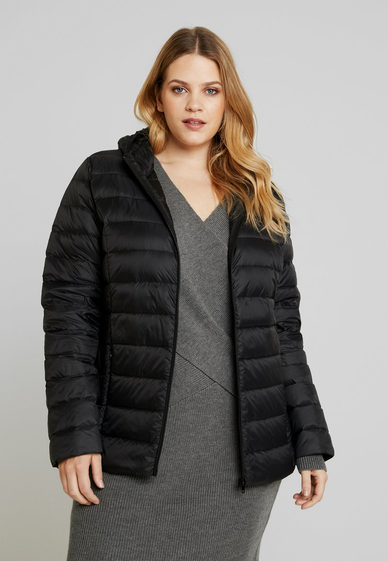 Zalando Essentials Curvy - Down jacket - black