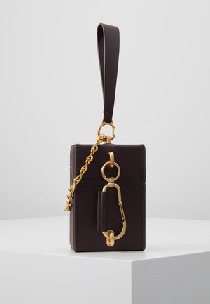 BELAY NORTH SOUTH MINI BOX CHAIN WRISTLET - Umhängetasche - eggplant
