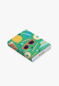 Zalando - HAPPY BIRTHDAY - Cadeaubon in feestelijke doos - green - 2