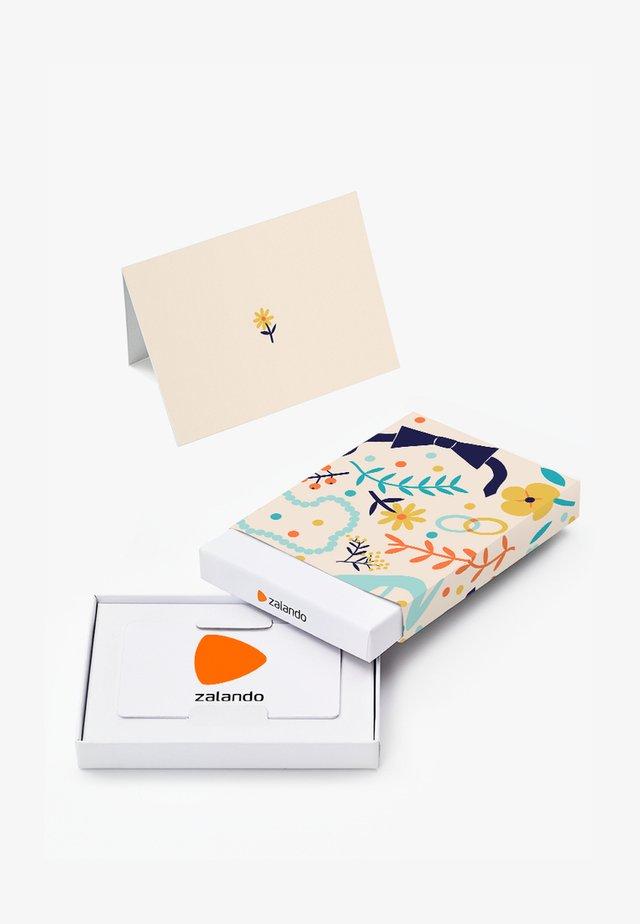 HAPPY BIRTHDAY - Gift card box - beige
