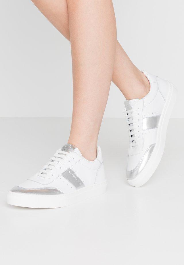 MERIDA - Sneakers - whithe/silver