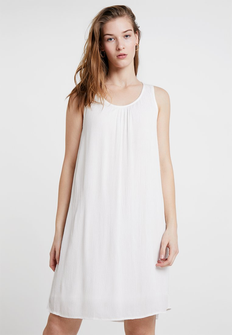 Kaffe - KALINA AMBER DRESS - Hverdagskjoler - off-white