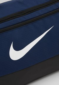 Nike Performance - DUFF 9.0 - Sporttasche - midnight navy/black/white - 7