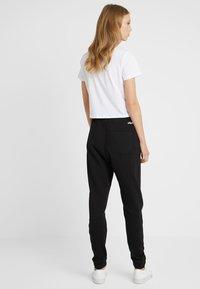 Fila Tall - PURE BASIC PANTS - Tracksuit bottoms - black - 2