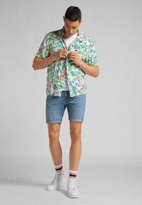 Lee - RESORT - Shirt - fairway - 1