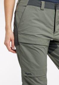 Haglöfs - Outdoor trousers - lite beluga/magnetite - 4