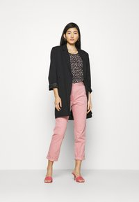 Marks & Spencer London - Chinos - light pink - 1