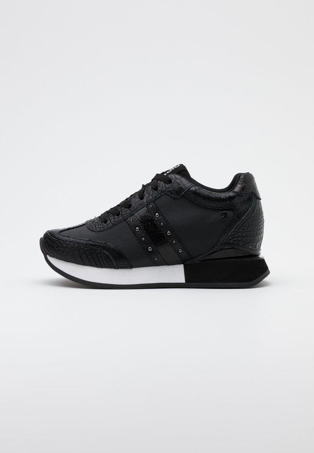 FRANZBURG - Zapatillas - black