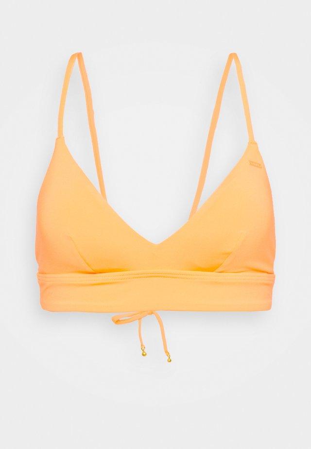 WAVE - Bikiniöverdel - blazing orange