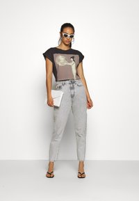 Dedicated - VISBY KATE MOSS - Print T-shirt - charcoal - 1