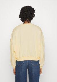 Gina Tricot - EVE  - Sweatshirt - yellow - 2