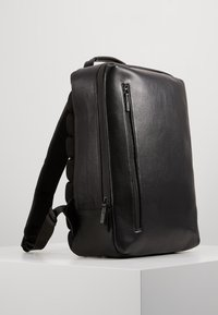 Jost - HYBRID DAY PACK PEBBLE  - Reppu - black - 3