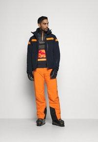Peak Performance - PANT - Pantalón de nieve - orange altitude - 1