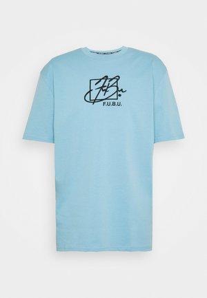SCRIPT - Print T-shirt - light blue