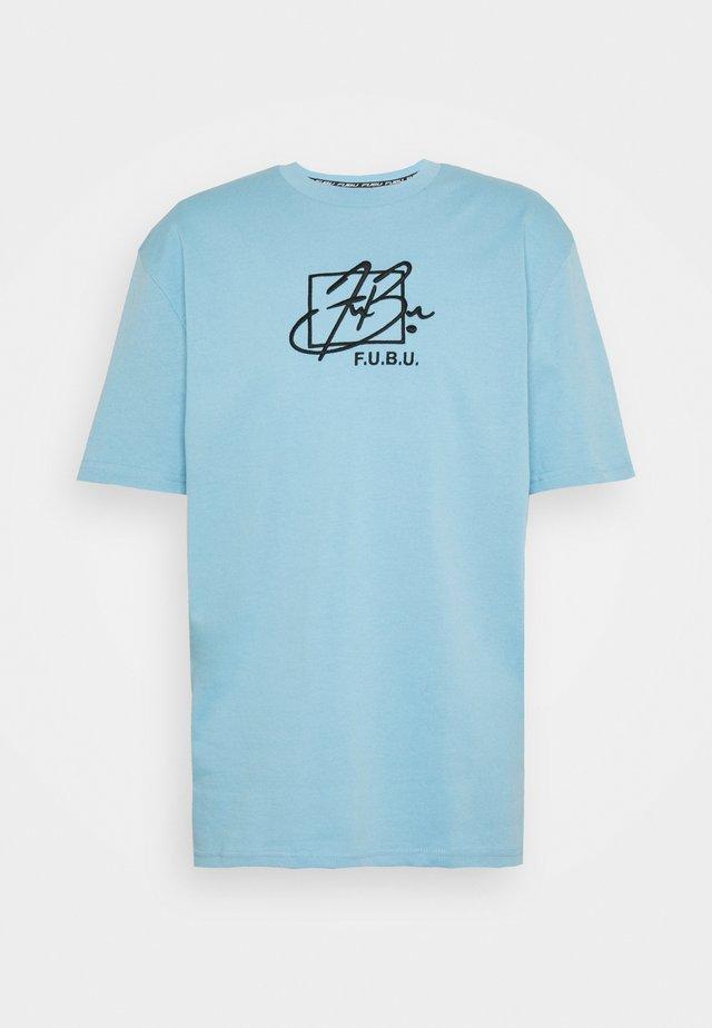 SCRIPT - T-shirt print - light blue