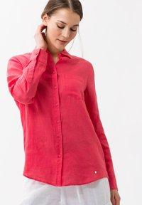 BRAX - VICTORIA - Button-down blouse - papaya - 0