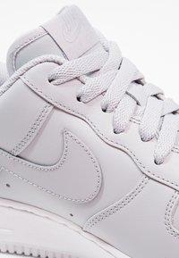Nike Sportswear - AIR FORCE - Trainers - wolf grey/white - 5