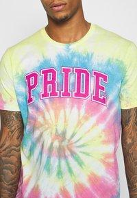 YOURTURN - UNISEX  - Print T-shirt - multi-coloured - 5