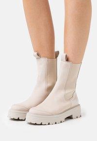 Kennel + Schmenger - POWER - Platform ankle boots - taupe - 0