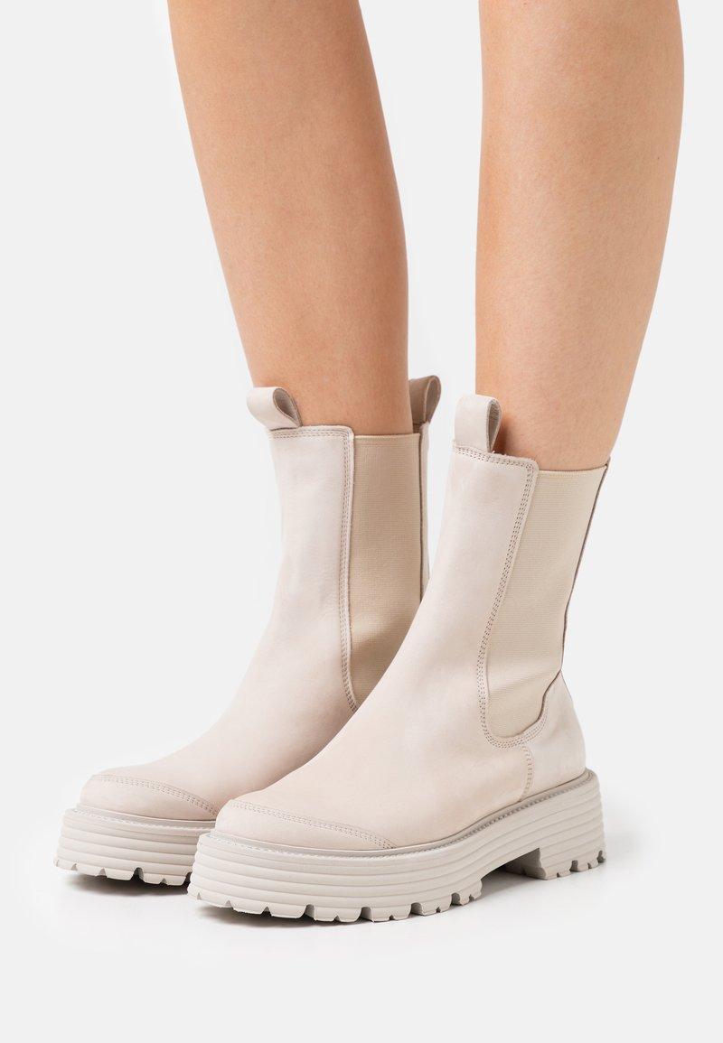 Kennel + Schmenger - POWER - Platform ankle boots - taupe