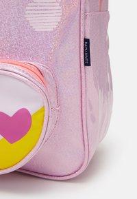 Sunnylife - UNICORN KIDS BACK PACK LARGE - Školní taška - pink - 3