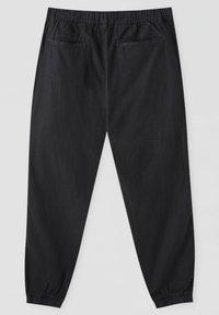 PULL&BEAR - Chino kalhoty - black - 1