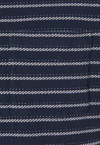 Patagonia - POCKET TEE - T-shirt med print - new navy - 2