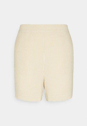 ELISIANA  - Shorts - chalk/classic sand
