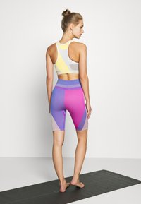 Nike Performance - Legging - fire pink/sapphire - 2