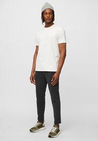Marc O'Polo - Basic T-shirt - egg white - 1